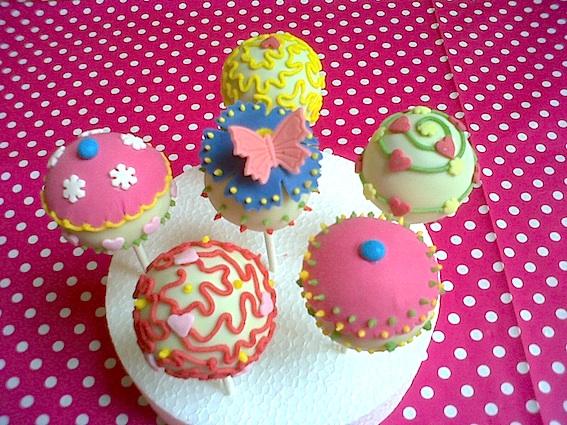 Girly Cake Pops with Fresh Raspberry Butter Cream Filling