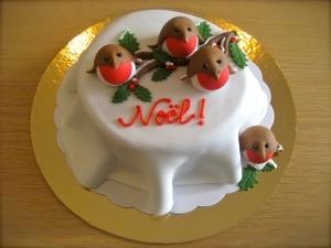 Christmas Robins Cake
